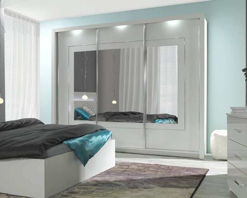 kleiderschrank panarea hochglanz wei mit led. Black Bedroom Furniture Sets. Home Design Ideas