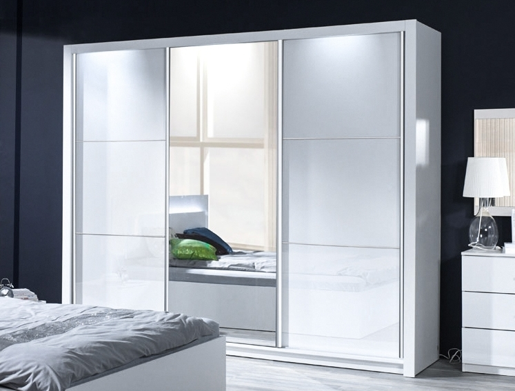 kleiderschrank siena hochglanz wei mit led. Black Bedroom Furniture Sets. Home Design Ideas